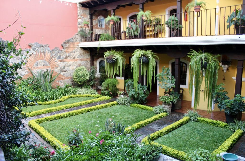 Destination Gardens